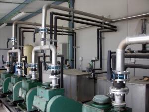Realizamos toda clase de instalaciones tales como: - Instalaciones y reparaciones en viviendas. - Calentadores y termos. - Osmosis, depuradores y descalcificadotes. - Riego y fosas sépticas.